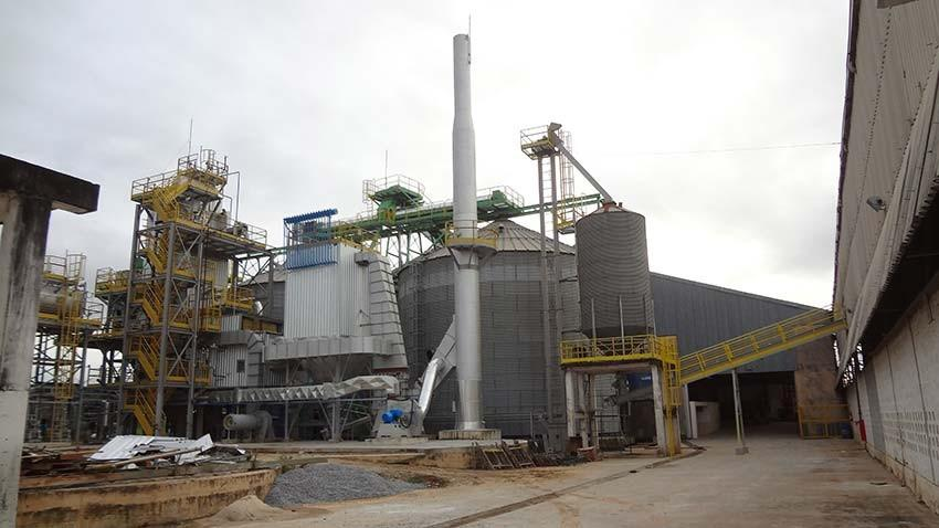 Lippel offers the market equipment used in power plants for dosing furnaces with automated feeding.