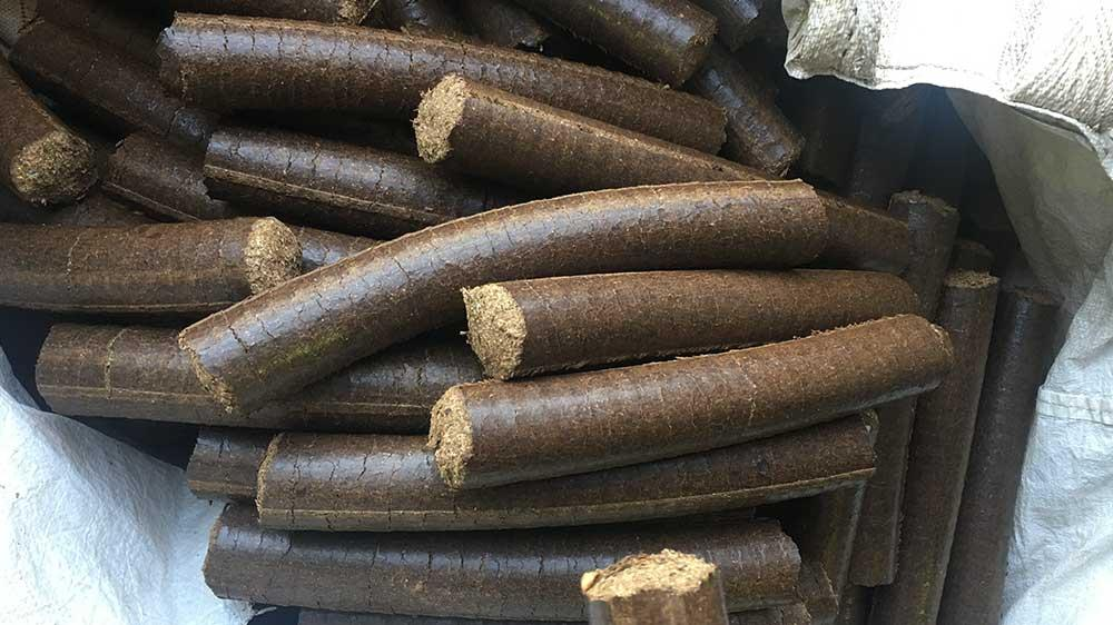 Aprehended cigars turn into briquettes