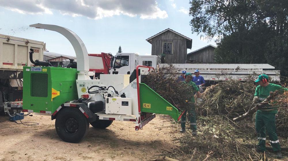 Chipeadora de ramas entregada a proveedores de servicio en Paraná - Brasil