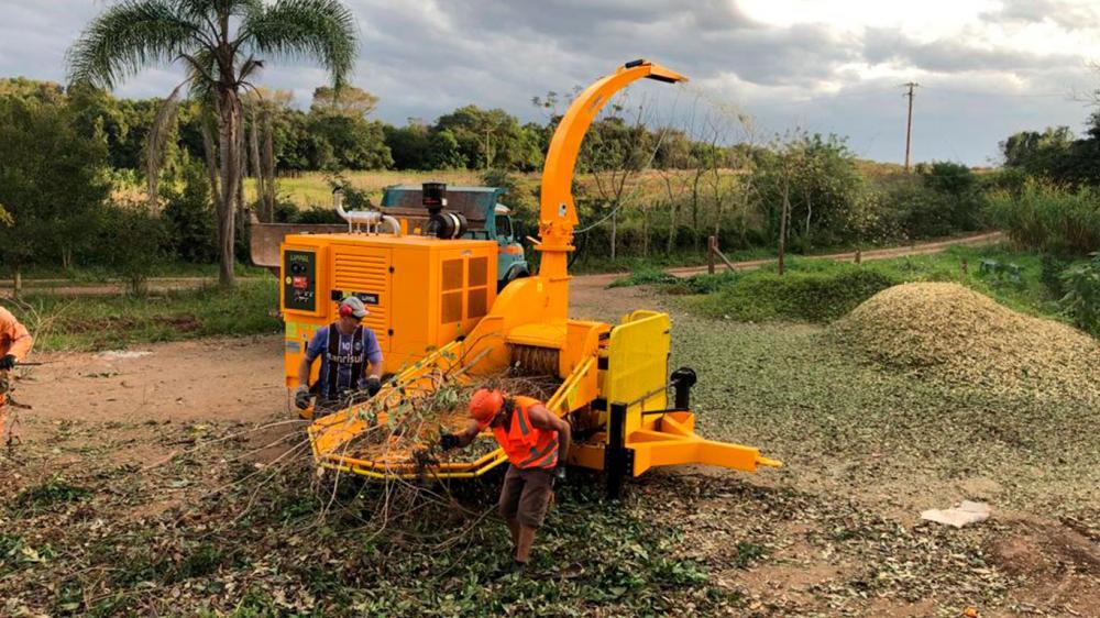 Chipeadora Forestal entregada para el uso en la limpieza de residuos verdes urbanos
