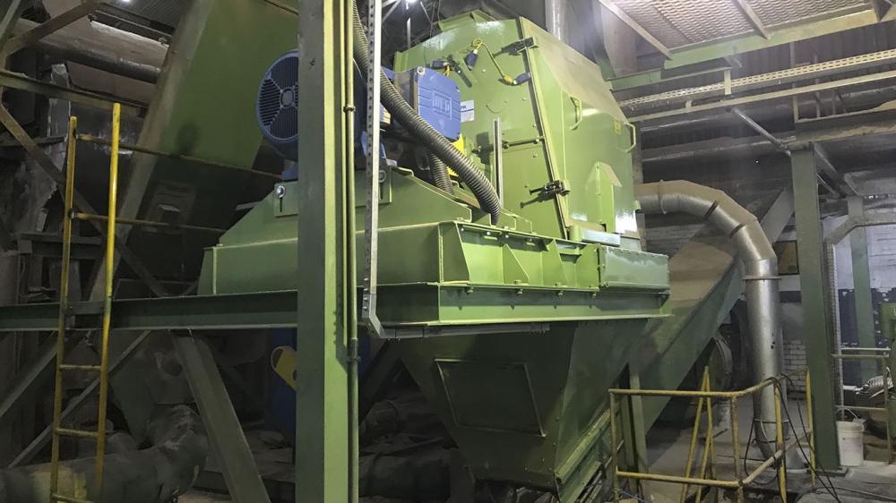 Entrega de Moinho de Martelos da nova série MML 1110 a indústria em Santa Catarina