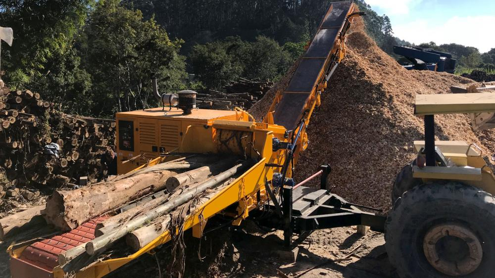 Forestry Chipper PFL 400 x 700 MC delivered to major agricultural producer in Peru