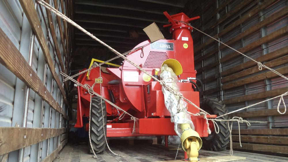 Lippel exports a Forestry Disc Chipper to an customer in Paraguay