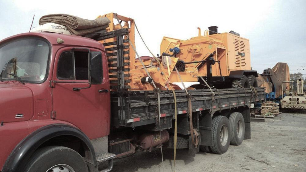 Lippel exports Forestry Chipper PFL 400 x 700 MC to Paraguay
