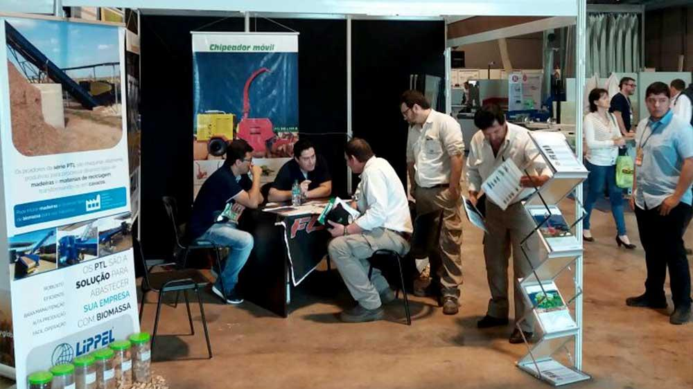 Lippel participa de feira internacional