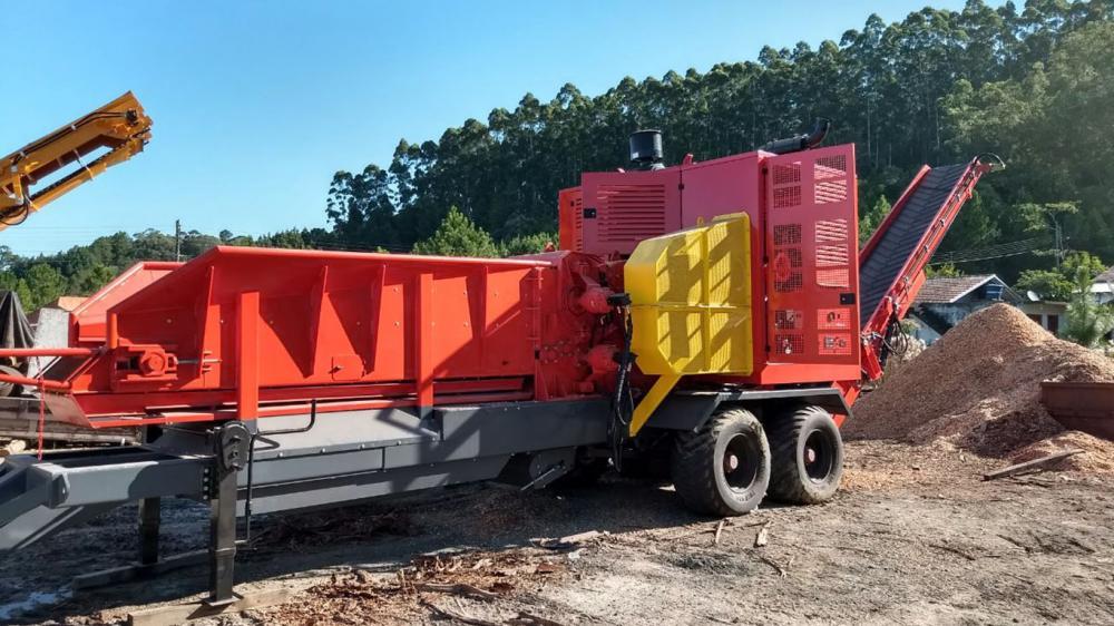 Picador Florestal para trabalho pesado concluído e carregado para cliente na Argentina
