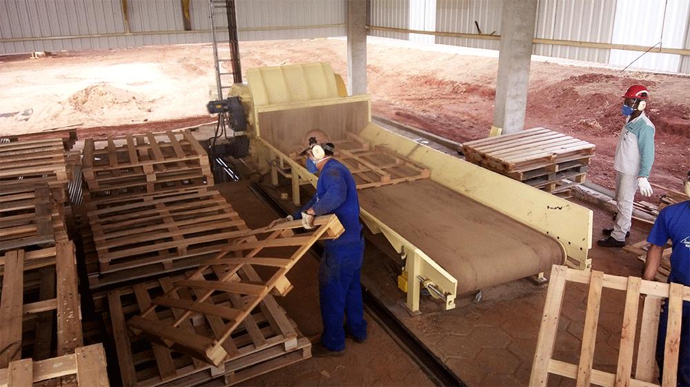 Picadores de madeira para reciclagem de paletes e madeira industrial