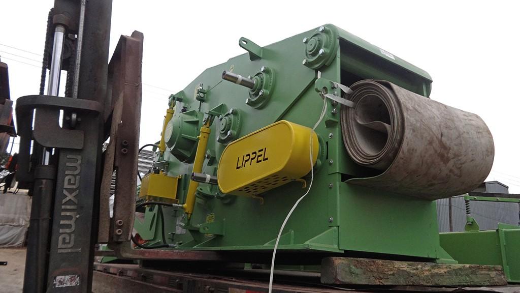 Carregamento Picador de Madeira Fixo a Tambor PTL 300x600 para o Paraguai