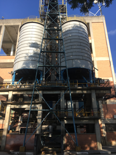 Cellulose Chip Silos - Feeding the paper industry process