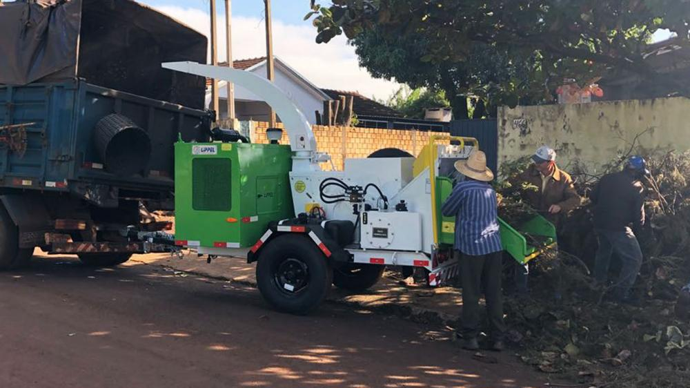 City Hall acquires a brush chipper for urban cleaning in partnership with Itaipu Binacional