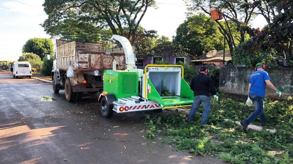 Delivery of Brush Chipper to assist the collection of pruning and increase of afforestation of municipality