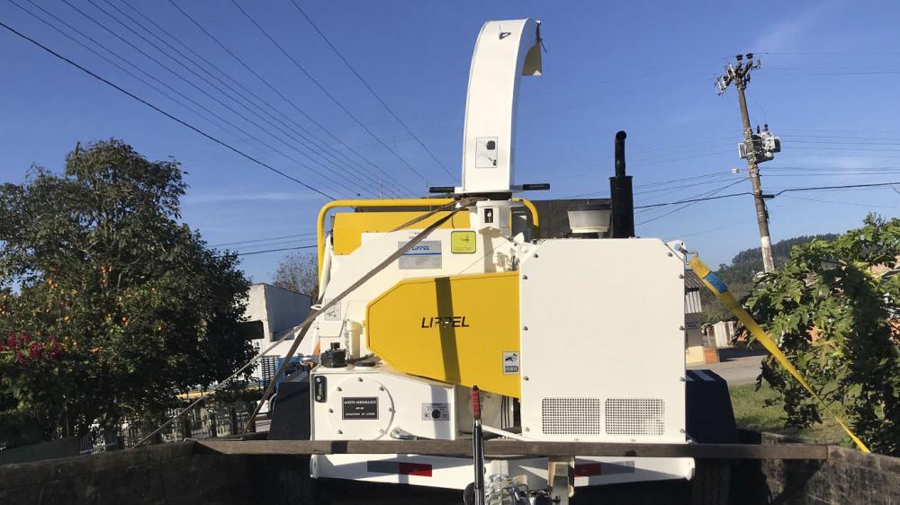 Empresa agrícola do Chile adquire um triturador de galhos Lippel para a compostagem