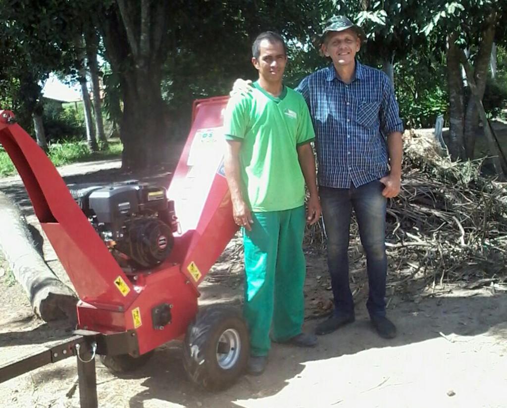 Entrega técnica de triturador de galhos BIO 120 para Condomínio Residencial no Pernambuco