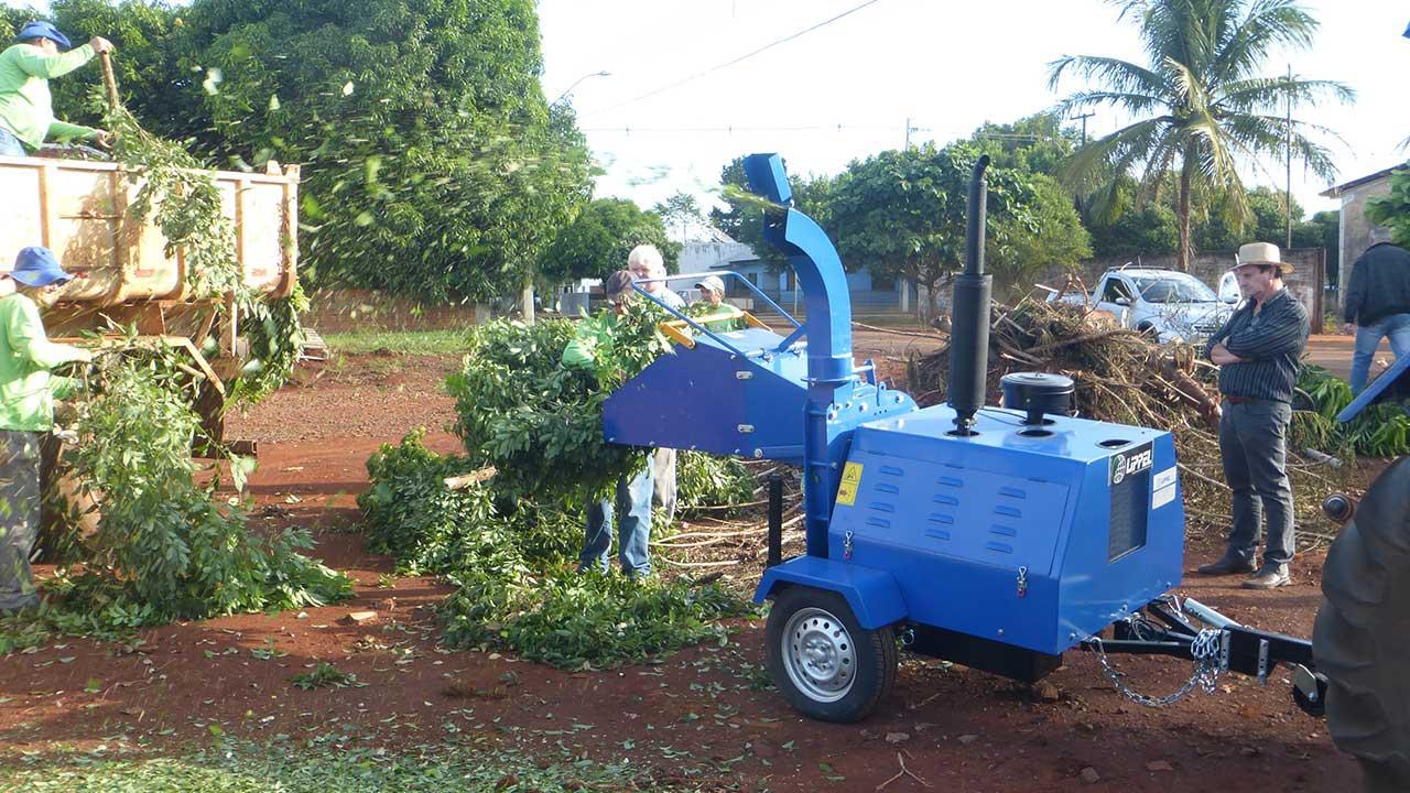 Exportação de triturador de galhos PDX 170 para a Bolívia