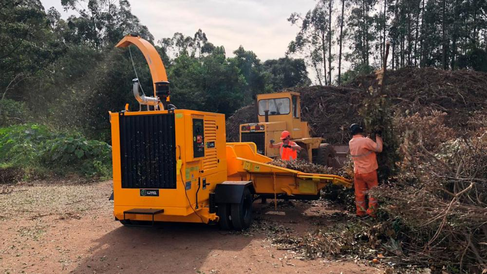 Forestry chipper delivered for use in urban green waste cleaning