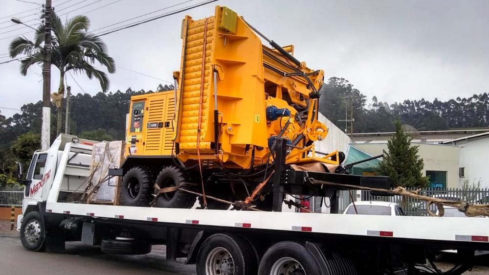 Forestry Chipper delivered to a company manufacturer of packaging for exportation and reforestation