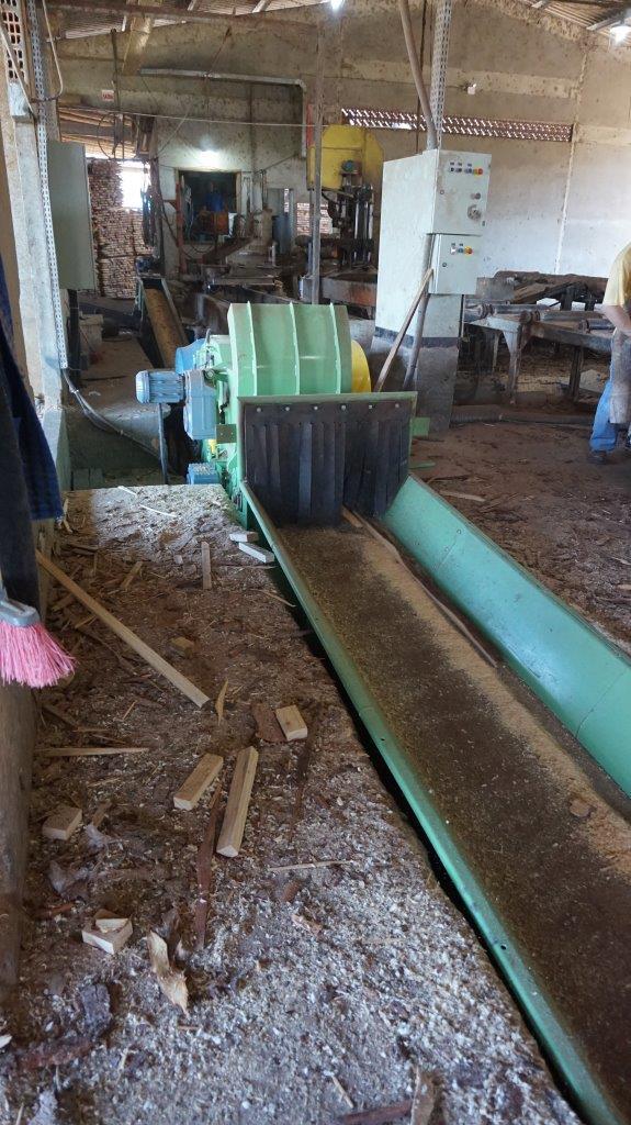 Instalação de novo modelo de picador PTL em serraria