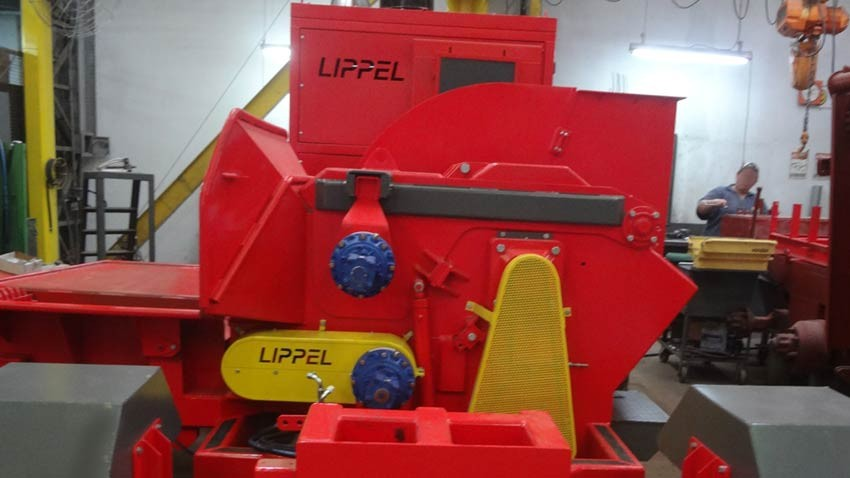 Lippel exportou o PFL 400 x 700 M-S para a União Europeia.
