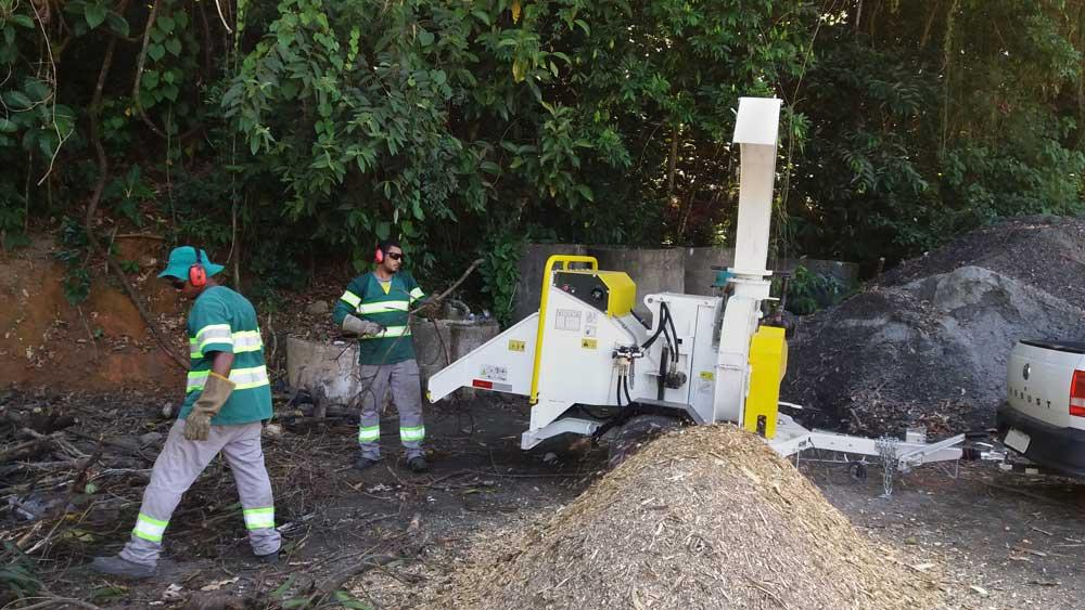Triturador de Galhos Lippel adquirido para a limpeza de vias intermunicipais