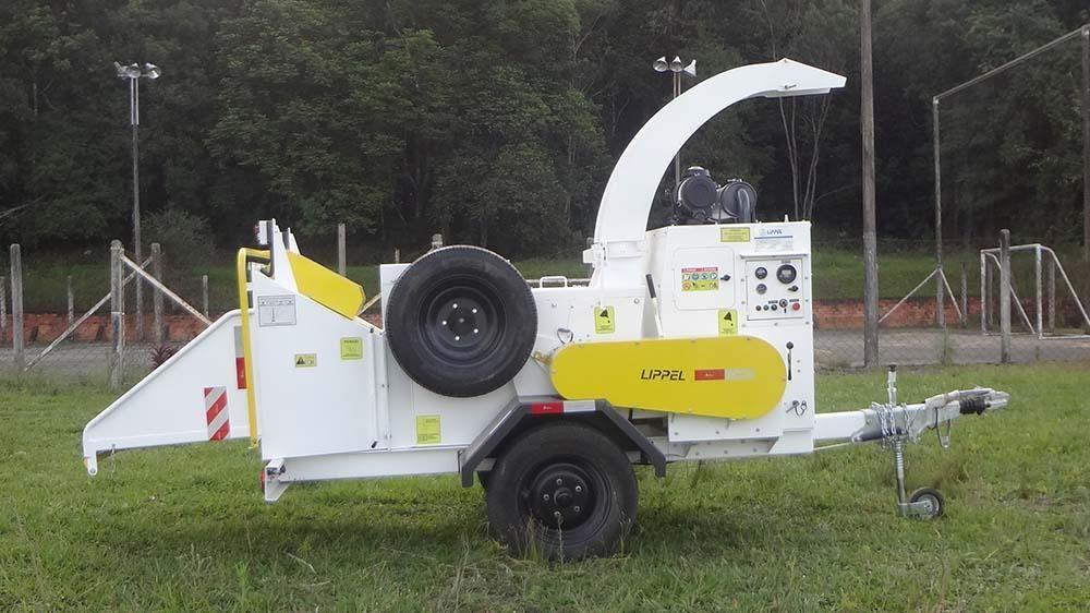 Trituradora de ramas octubre 300 - Solución para reducir el volumen de residuos sólidos y limpieza urbana