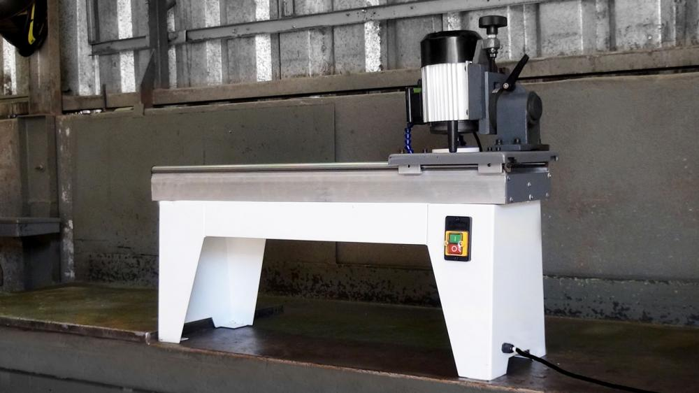 Surface Grinder AFI 350 M for chippers and blades