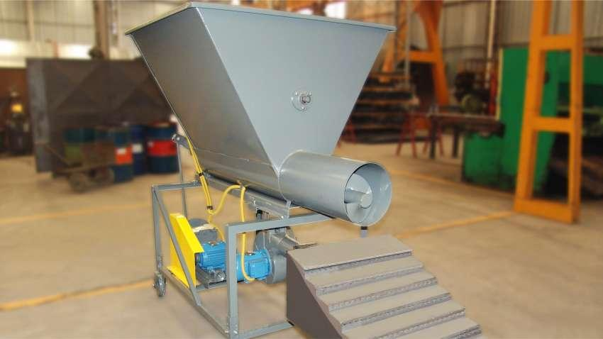 Furnaces Feeder for Burning Waste and Biomass Fuel QL 02