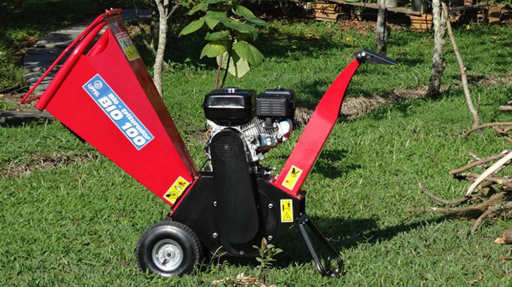 New compact branch crusher for shredding twigs and small shrubs