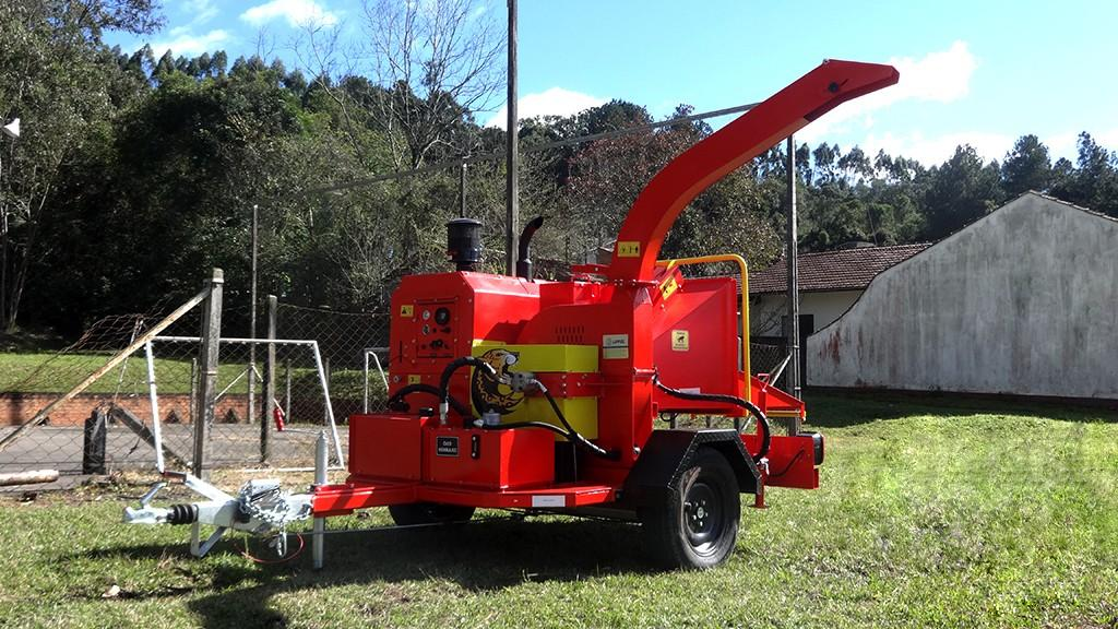 Diesel Engine wood chipper and electronic control system