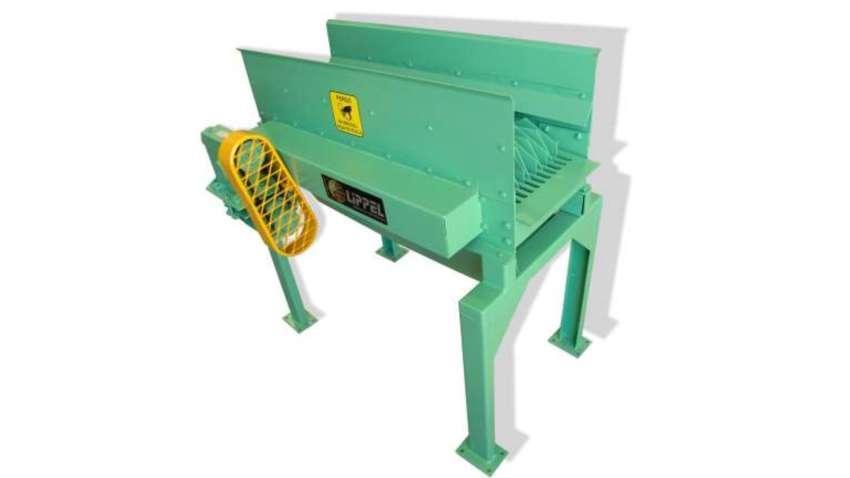 Los clasificadores son capaces de separar los diferentes tipos de biomasa, separando los residuos de tamaños uniformes. Producción hasta 10m³/h.