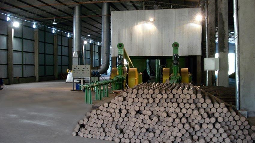 Plantas para usinas de fabricación de briquetas a partir de bagazo de caña, aserrín, cáscara de arroz, fibra de coco, cáscara de café y otros.