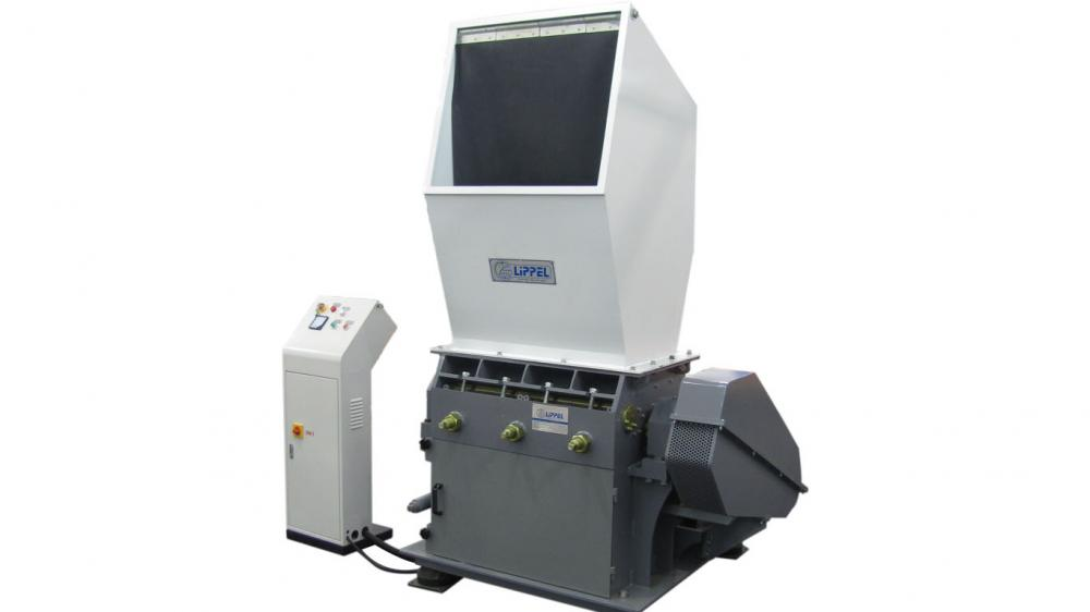 The Knife Mill TMF3280 was specially developed to reduce the particle size of several kinds of materials.