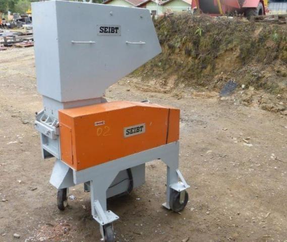 O moinho granulador de plastico usado Seibt em excelentes condições de uso