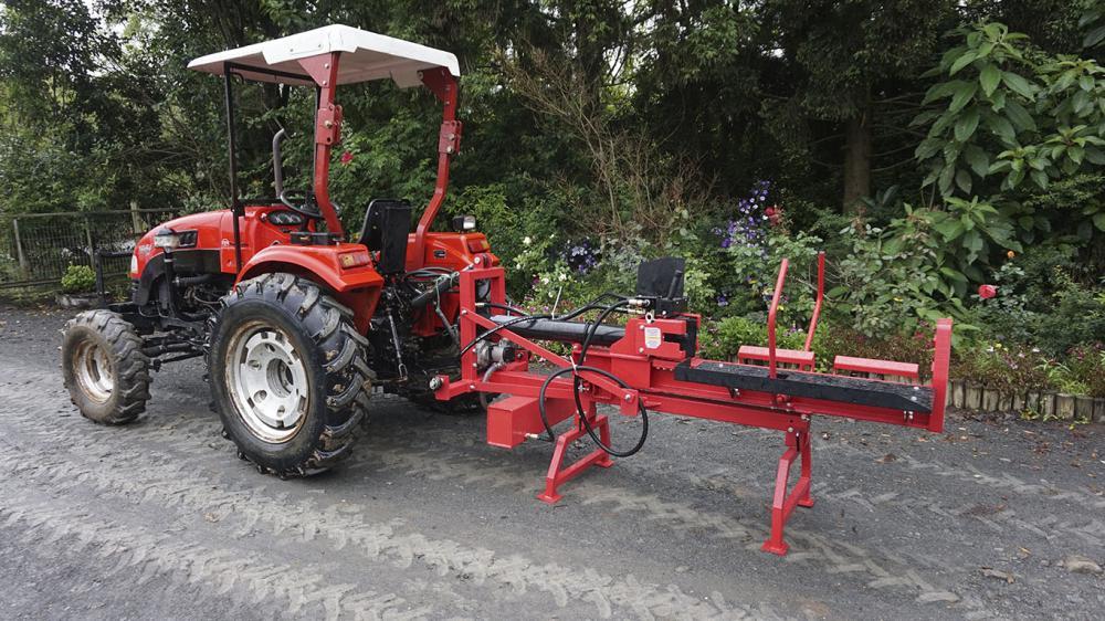 Partidor de leña con toma de fuerza del tractor y fuerza de corte de 22 toneladas