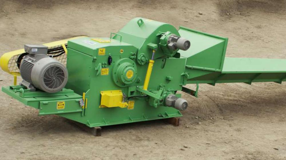 Fixed Drum Chippers with Traction Roll