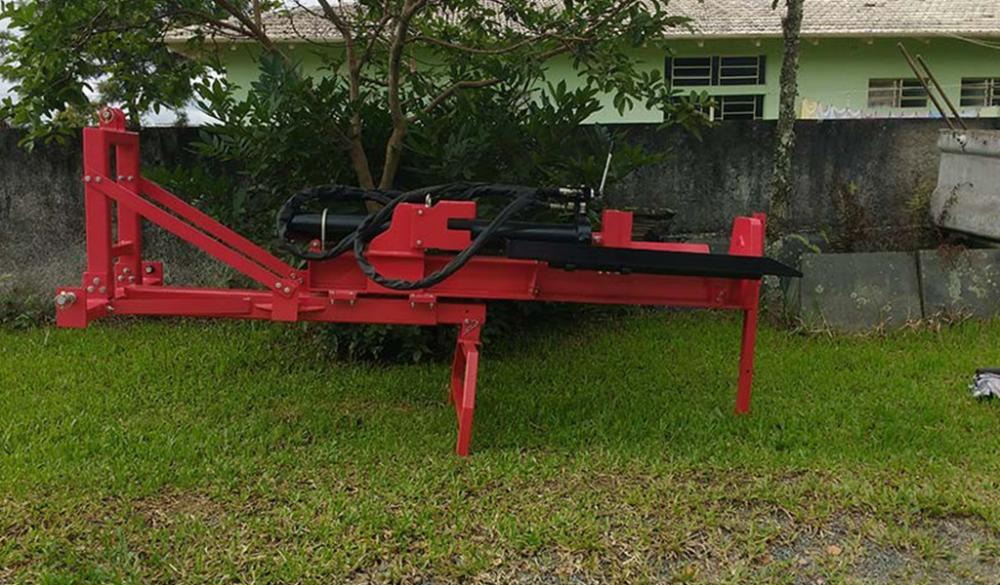 Tractor Powered Log Splitter  RTM 300 T