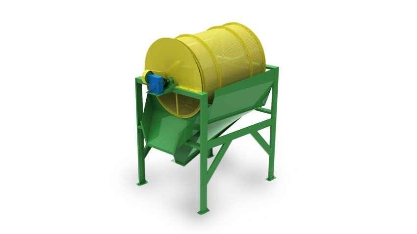 El clasificador trabaja separando los residuos no deseados dos chips, manteniendo apenas los residuos nobles. Producción hasta 10m³/h.