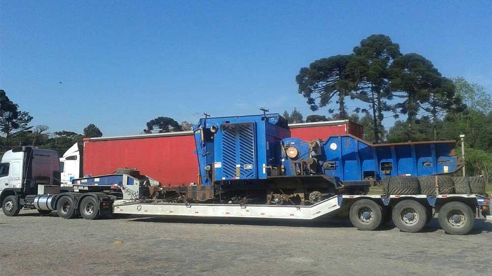 Mobile, great size forestry wood chipper
