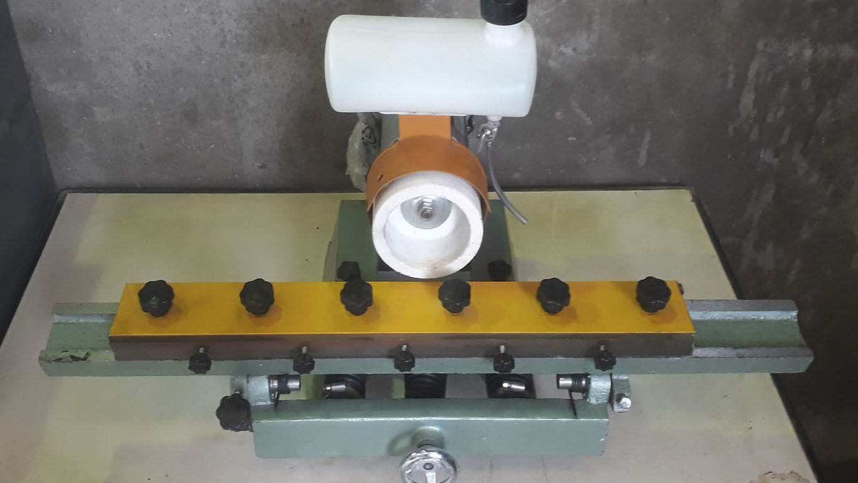 Afilador de cuchillas para láminas de hasta 650 mm