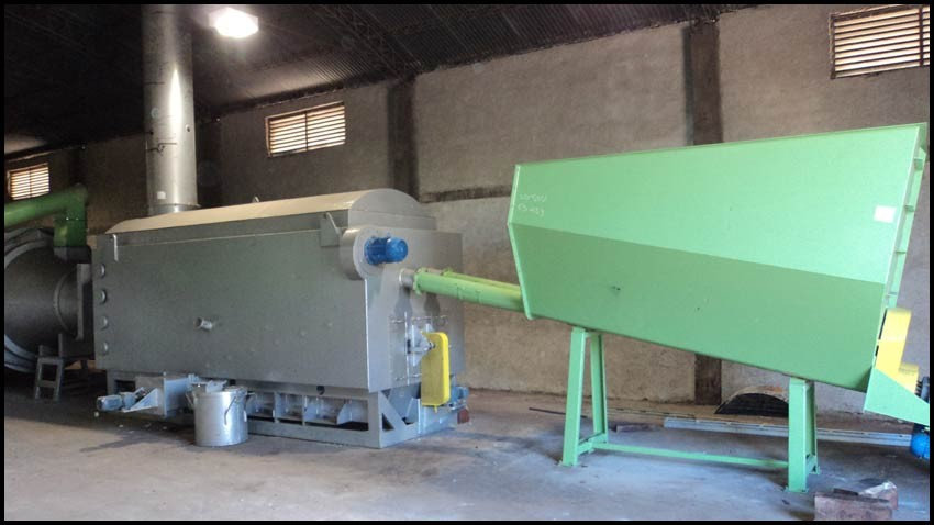 Burner FPL 32 installed in a biomass dryer