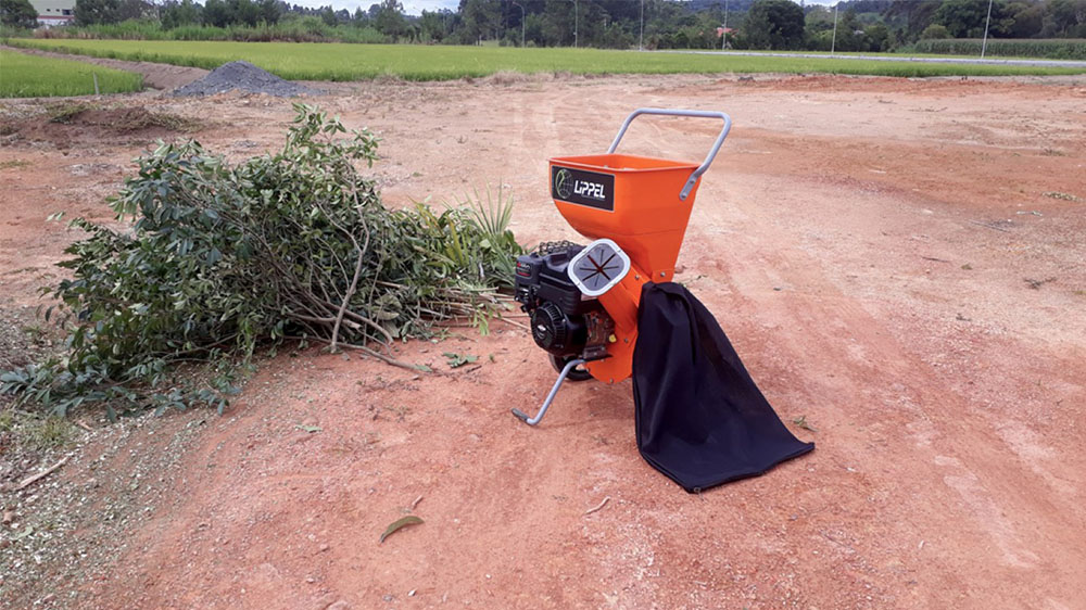 Capacidade para toras de até 50 mm de diâmetro