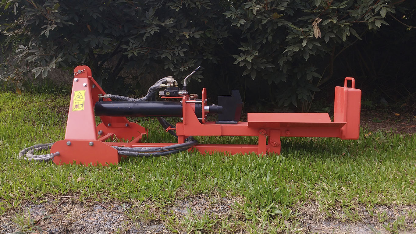 Capacity to split logs of up to 650 mm lenght
