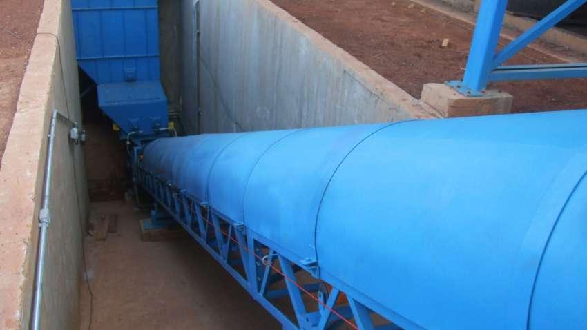 Casa rodante que conduce a la caldera de biomasa
