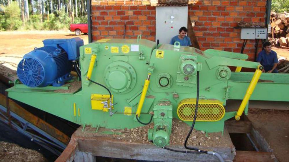 Chipeadora de madera fija a tambór PTL 300 x 600
