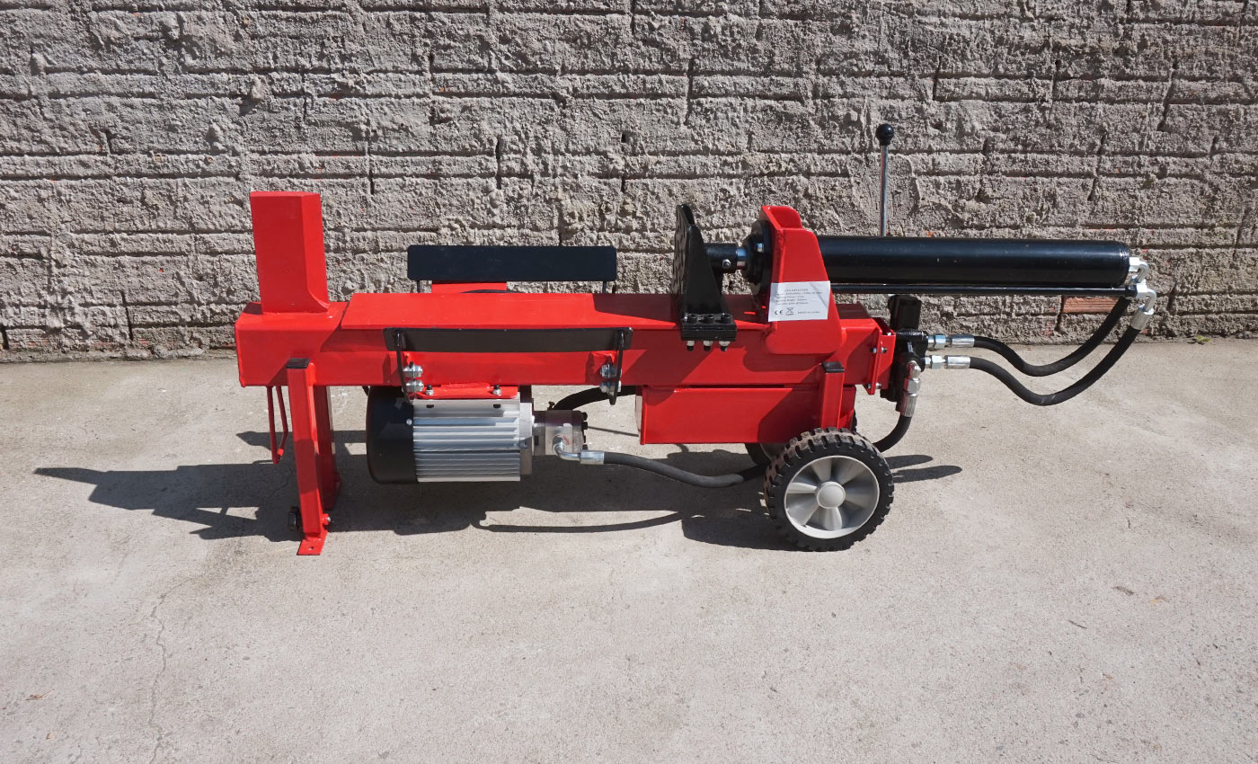 Compact log splitter