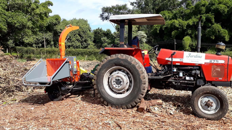 Equipo con toma de fuerza del tractor