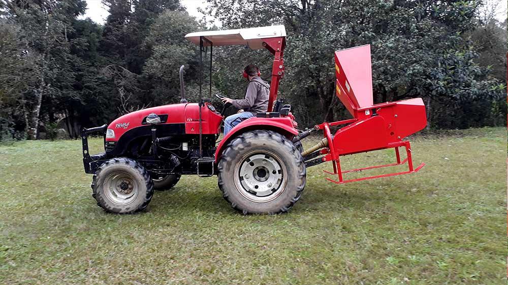 Fácilmente cargado por el tractor para donde desee