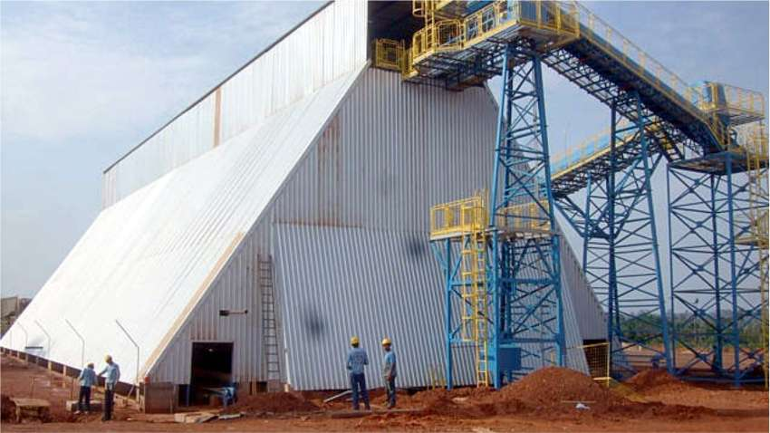 Front view of the horizontal silo for biomass