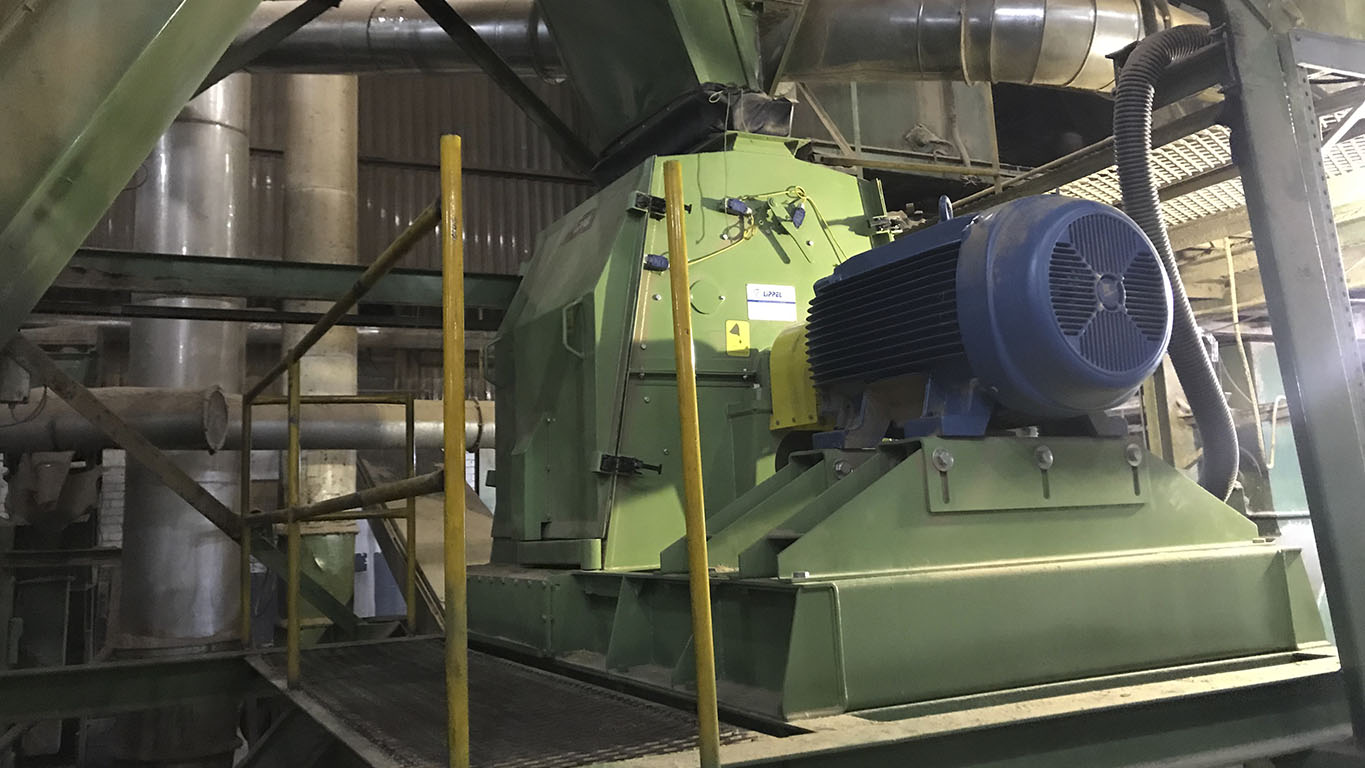Hammer mill with high production capacity