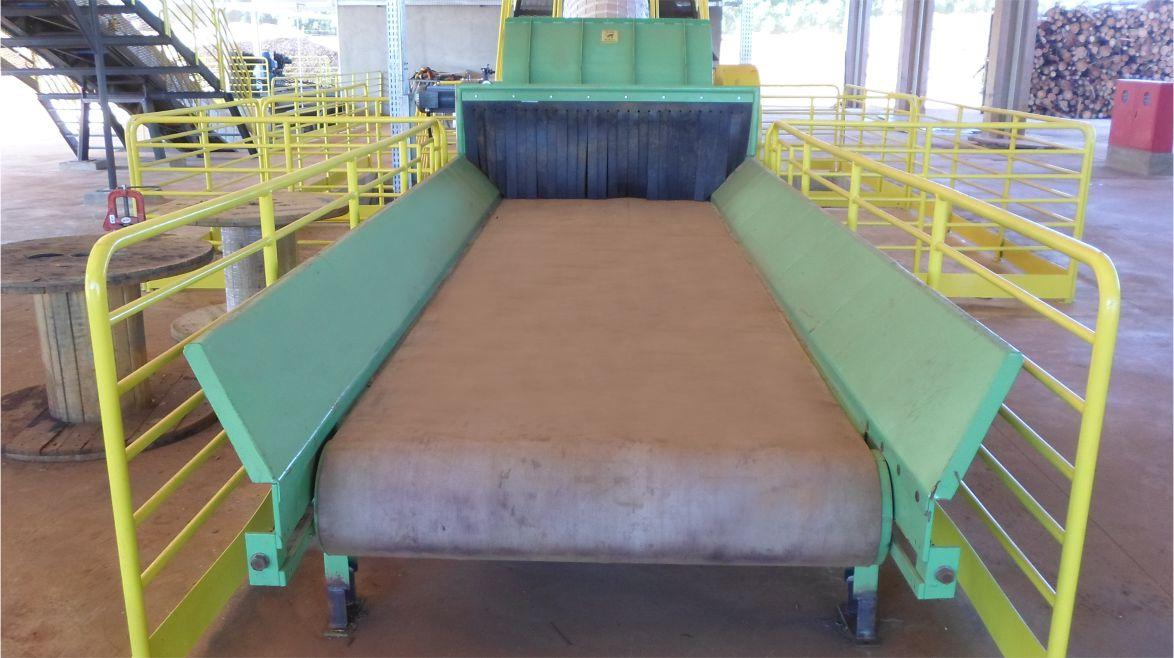Large in feed opening: 400 mm x 1300 mm