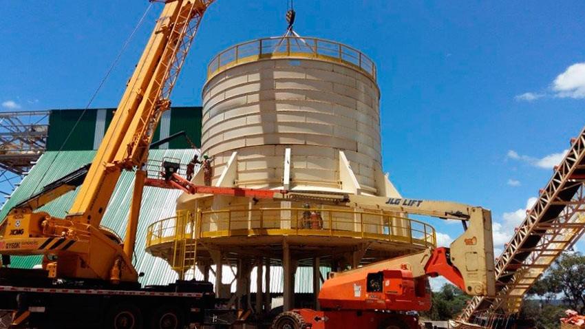 Montagem de silo para biomassa de 500 m³